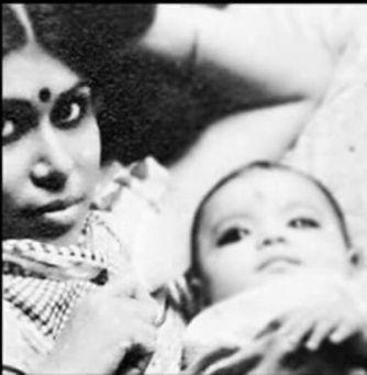 Childhood Photo of Koena with her mother