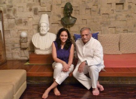 Gulzar with the bust of Mirza Ghalib at his house