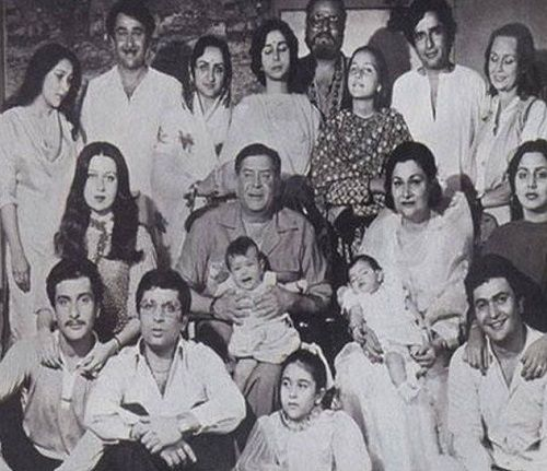 An old picture of Kapoor family