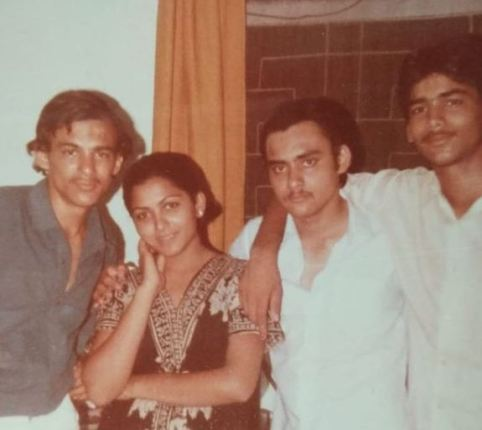 Kushboo Sundar with her brothers