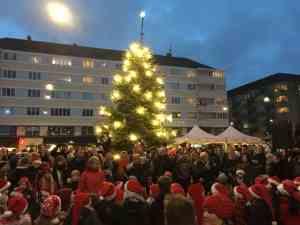 Juletræstænding på Christianhavns Torv