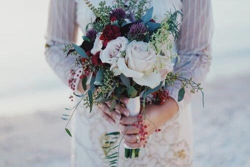 buchet mireasa flori salbatice