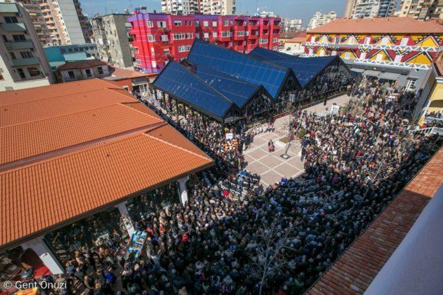 Puna e Bashkisë së Tiranës  për herë të parë pas 27 vjetësh  Pazari i Ri  voton për PS