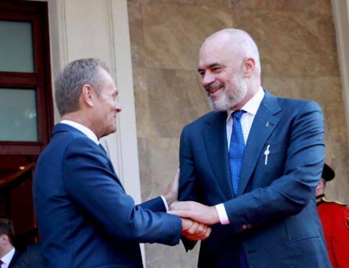 Ylli i madh i mirënjohjes  për Donald Tusk  Rama  Avokat i procesit të afrimit të Shqipërisë me BE në