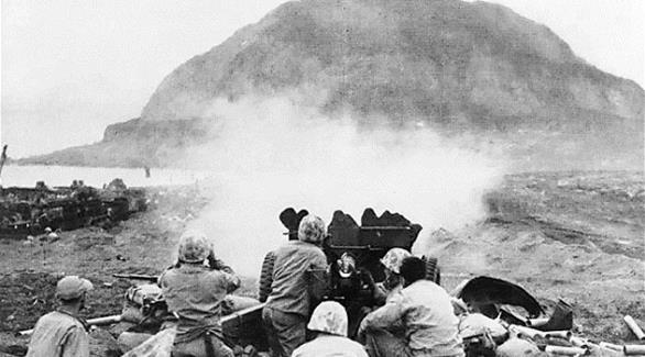 أمريكا واليابان أحيتا ذكرى قتلى أيو جيما في الحرب العالمية الثانية