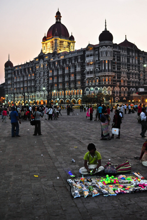 le-vicieux:Mumbai, India, 2011 (by marc_guitard)