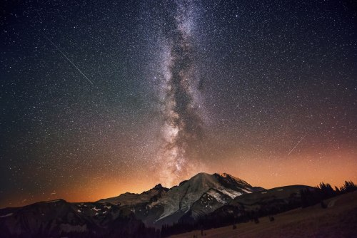 Mount Ranier by Milky Way light -- Dave Morrow photo, October 2012