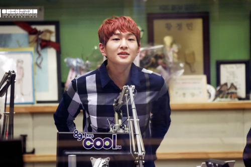 [HQ] 130125 DJ Onew @ Kiss The Radio Credit : Onewsama