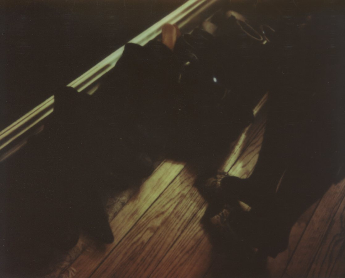 Move Shoes, Silhouette Self PortraitThe IMPOSSIBLE Project, CP PZ680 Film© Anna Marcell