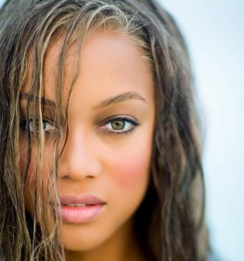 Tyra Banks Contact: Tyra Banks Makes The Caribbean Even Hotter