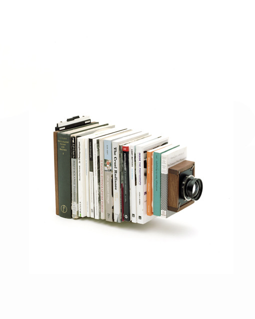 devidsketchbook:  CAMERA COLLECTION BY TAIYO ONORATO & NICO KREBS Swiss duo Taiyo Onorato and Nico Krebs are known for their contemporary, cutting edge style in photography, sculpture and installation art. Camera Collection is their ingenious, handcrafted collection of cameras refashioned with far-out, unexpected objects.