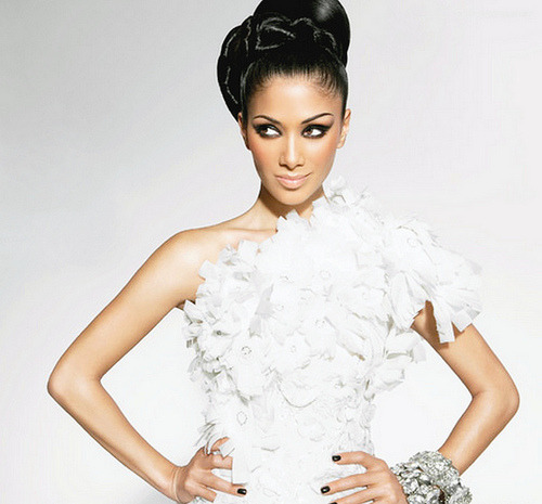 freshnsteezy:  Nicole Scherzinger: 1/2 Filipino, 1/4 Hawaiian and  1/4 Russian