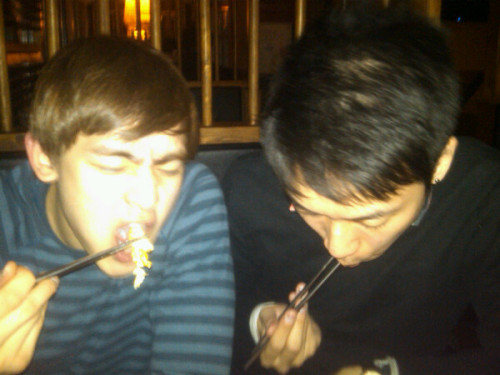 110102 Ian Choe's Twitter  I love you babe but this has to be shared with the world @Khunnie0624
