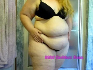 sexy pear  shaped women