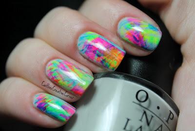 fuckyeahnastassia: caitlinscreativecorner: Escova Neon Curso Mani Eu amo isso.