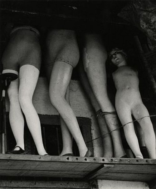 Mannequins, Thieves Bazaar, Bombay by Ferenc Berko, 1938-47