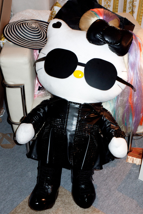 Gaga Hello Kitty Doll.