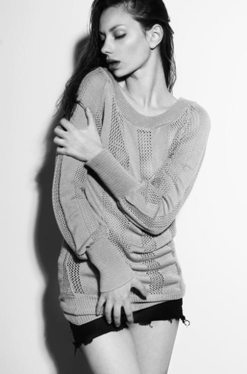 Tanya Mo by Lesya Wuss