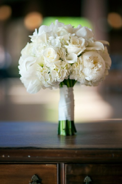 All white: Peonies, hydrangea, roses, lilies