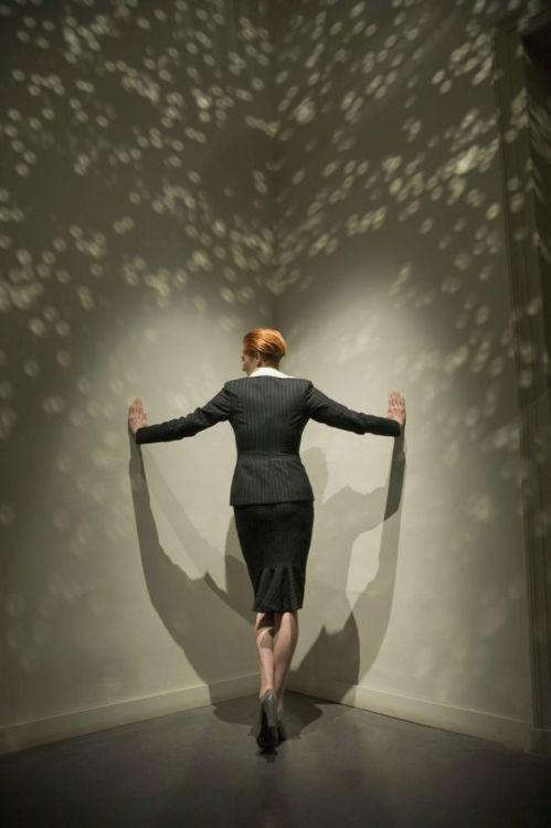 Tilda Swinton creates an interdimensional portal.