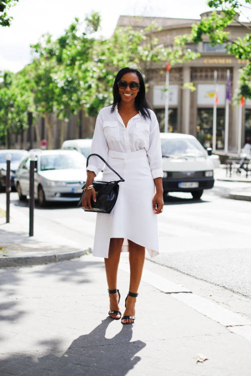 Shiona Turini takes to the Parisian streets in an all white look.