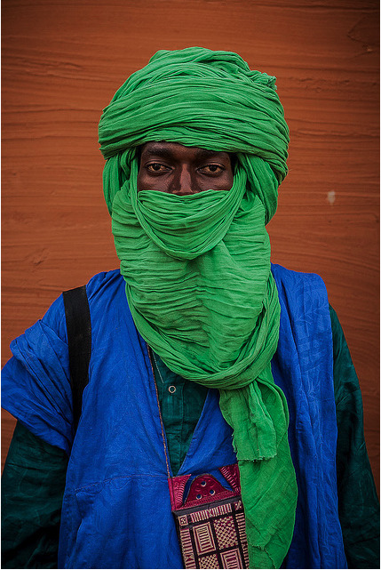 anotherafrica:  RURAL STREET STYLE # 11 MALI Portrait of a young Tuareg man in Segou, Mali. Photo Anthony Pappone. Image courtesy of the artist via flickr. All rights reserved.