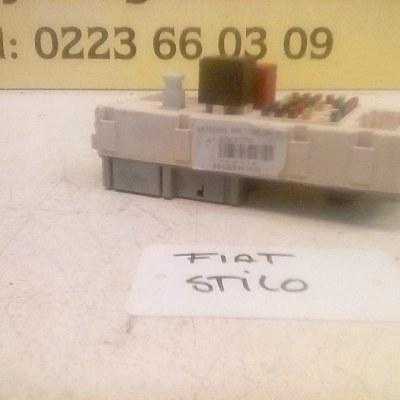 46750594 501208940100 Zekeringkast Fiat Stilo 1.6 16V 2002