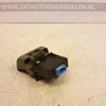 8200 043 681 Handrem Schakelaar Renault Scenic 2 2005