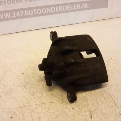 2101/3 Remklauw Rechts Voor MG ZR 105 2002