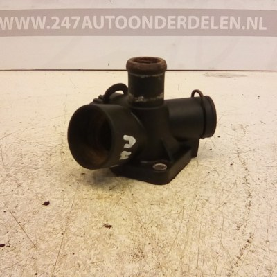 050 121 133 A Thermostaathuis Audi A4 B5 1.6