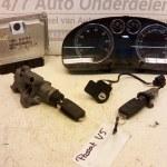 066 906 032 BB -3B0920827X ECU Startset Met Alle Sloten Volkswagen Passat V5 AZX Automaat 2000-2005