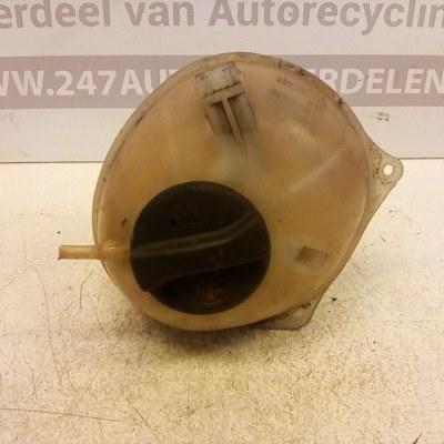 021 121 407 Expantie Tankje Volkswagen Golf 3 2.0 GTI 1993
