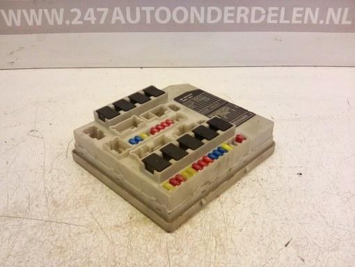 PP-T30-M10 (1842 42 3180) Zekeringkast Nissan Micra K12