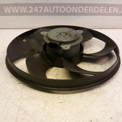 1448 11139B Koelventilator Renault Twingo 2 1.2 16V 2011