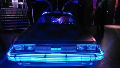 Back to the Future DeLorean huren in Amsterdam-front