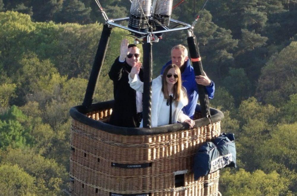 Bedrijfsuitje in Utrecht - Ballonvaart, huwelijksaanzoek in een luchtballon