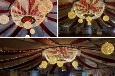 Kerstfeest zakelijk evenement personeelsfeest verlichte plafond luchtdecoratie en versiering huren organiseren afbeelding 2