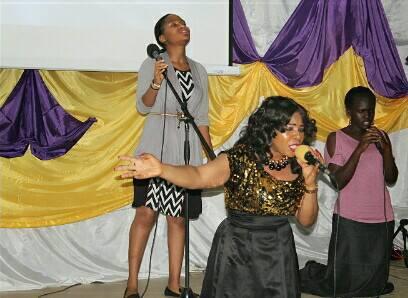 #247Gists: Gospel Music Minister Tonia Shodunke Writes to Worship / Song Leaders @ToniaShodunke