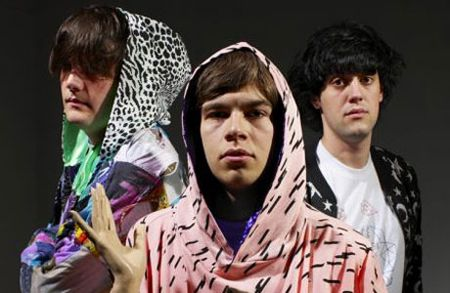 https://i2.wp.com/247magazine.co.uk/wp-content/themes/247magazine-images/2010/05/the_klaxons.jpg