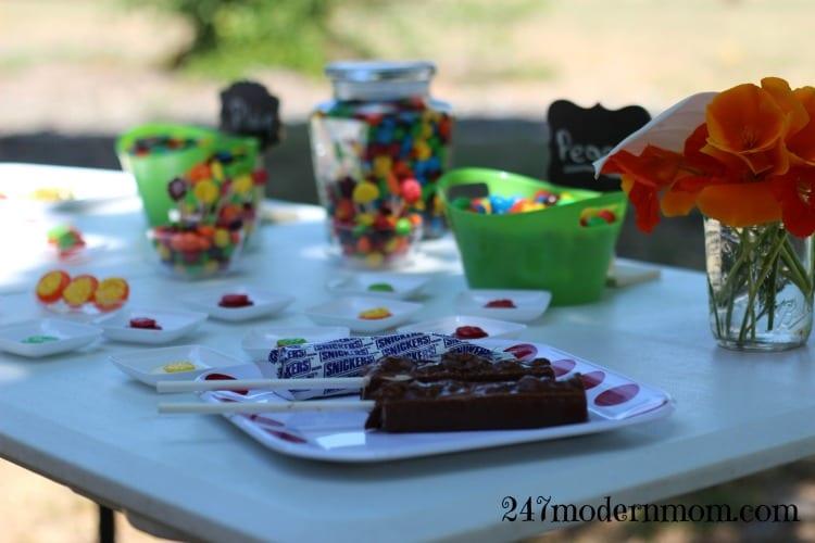 #Sharefunshine-summer-fun-table-ad
