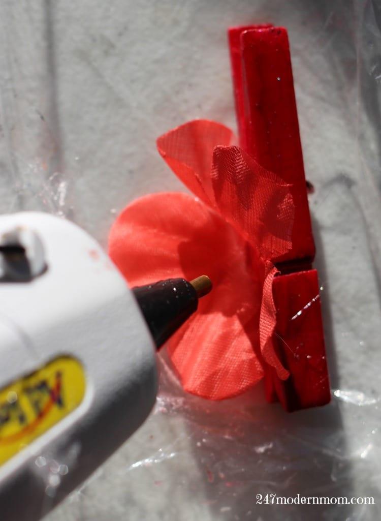 diy-flower-vase-butterfly-wing-hallmark-ad