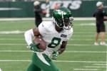 Jets rookie Elijah Moore leaves practice with quad...