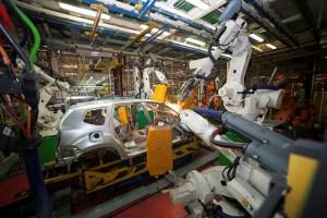 Productia Dacia, oprita in urma unui atac cibernetic