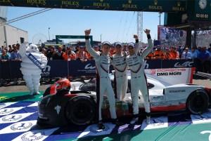 Le Mans 2017: Victorie dramatica pentru Porsche, ghinion pe linie pentru Toyota