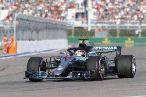 F1, Rusia 2018: Hamilton a primit victoria cadou de la Bottas, prin ordin de echipa