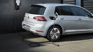 Ponderea automobilelor electrice crește constant, chiar și pe piața germană