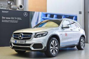 Mercedes GLC F-Cell combina avantajele a doua surse de energie intr-un vehicul electric