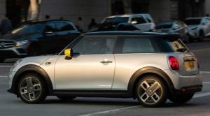 Noul MINI electric a debutat pe piaţa din România