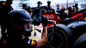 Formula 1 are un nou record de pit stop!