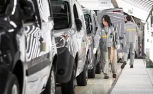 Industria auto franceză cere guvernului un plan de urgență